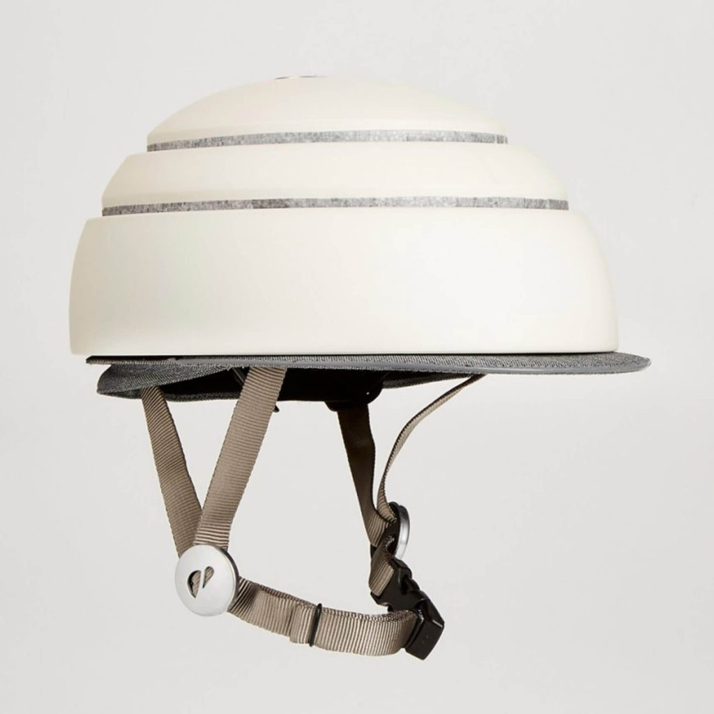 Foldable helmet by Fuga
